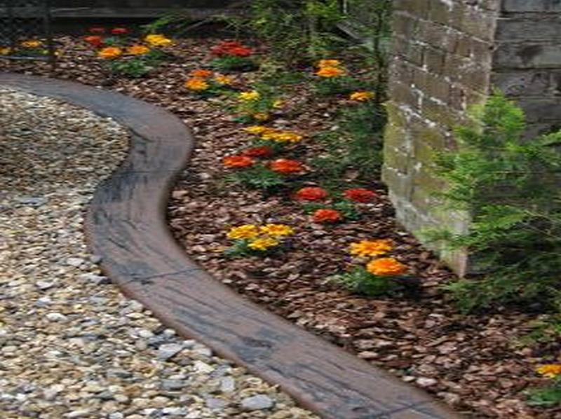 KwikKerb Garden Edging And Lawn From Kwik Kerb